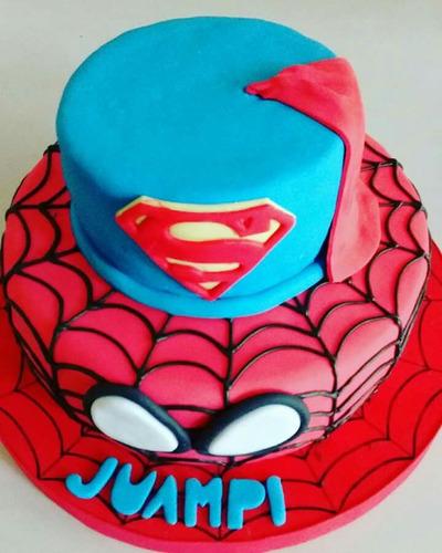 torta superheroes batman superman hombre araña zona oeste