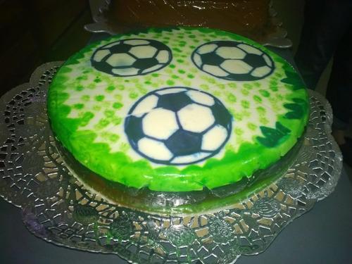 tortas, cupcakes, gelatinas, golfeados, panes, pasapalos.