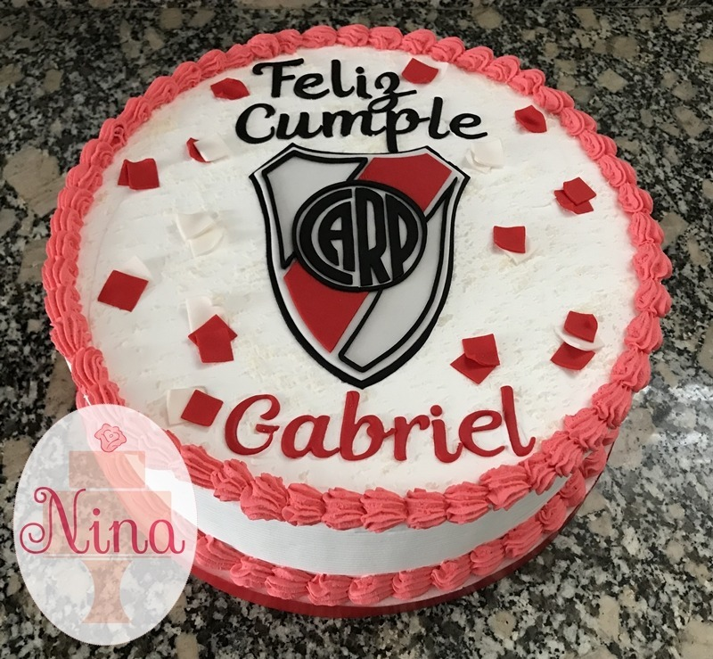 Tortas De Crema Chantilly Cumpleaños