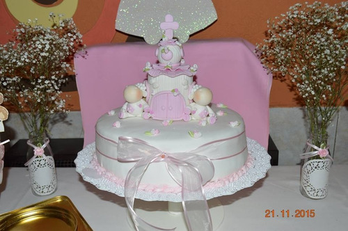 tortas decoradas con adorno en porcelana fria incluido