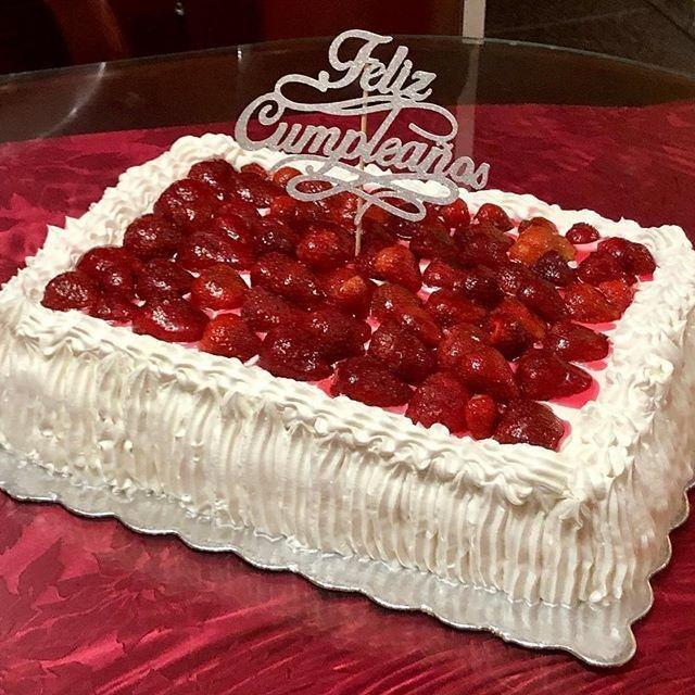 Tortas Decoradas Tortas De Cumpleaños Mesa De Postres - en Mercado ...