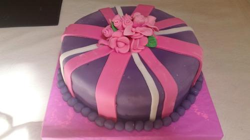 tortas decoradas,comunion, bautismo,15,bodas, infantiles