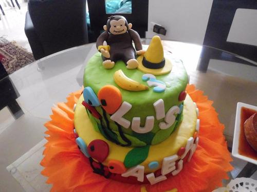 tortas, gelatinas y cupcakes decorados