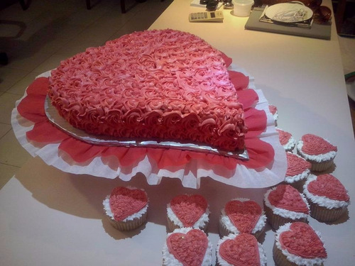 tortas infantiles decoradas con merengue 300mil el kg