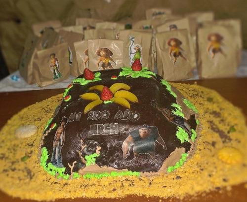tortas, pasapalos, carrito de perro, gelatinas, cup cake