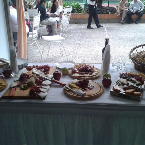 tortas pasapalos shots candy bar mesa de queso postre wafles