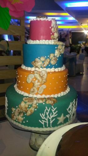 tortas y mesas de dulce por encargo