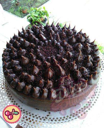 tortas y postres por encargo. los dulces placeres.
