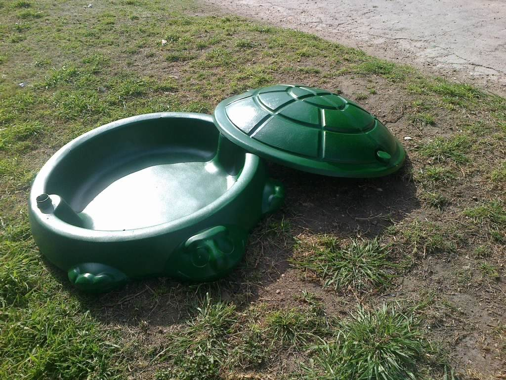tortuga arenero piscina para bebe en fibra de vidrio