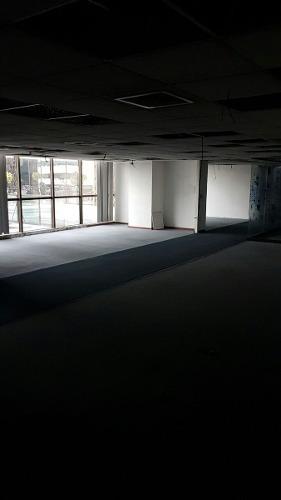 totalmente acondicionado, piso 1 con 735 m2 prisma