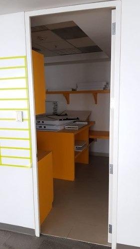 totalmente acondicionado, piso 4 con 1,326 m2 kpmg