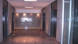 totalmente acondicionado, piso 5 con 513 m2  zentrum