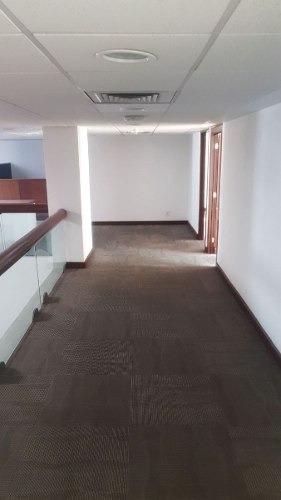 totalmente acondicionado, piso 9 con 600 m2 avila