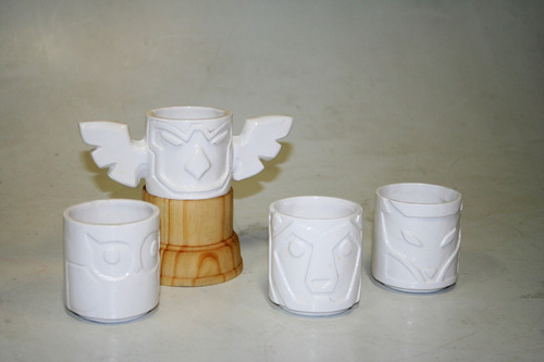 totem aguila, oso, zorro, buho,especiero de cerámica blanca