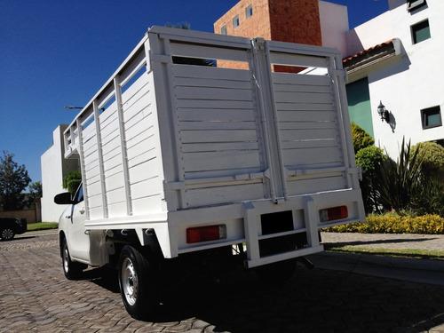 totoya hilux chasis cabina estacas 2018