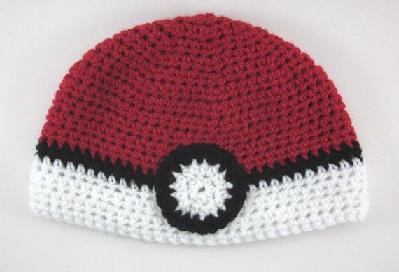 2d8a6cccd2352 Touca Croche Pokebola Pokeball - Pokemon - Art Crochê - R  32