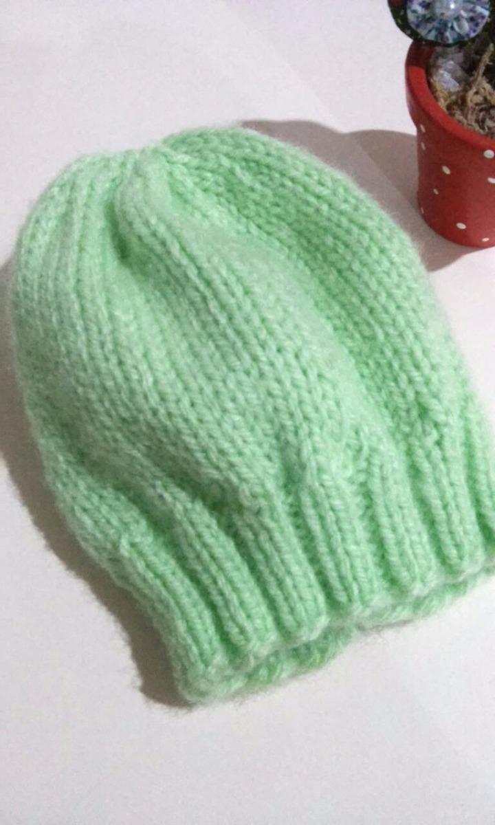 Toucas De Lã Para Bebê Gorro Crochê Ou Trico Recem Nascido - R  40 ... cd3d627fb91