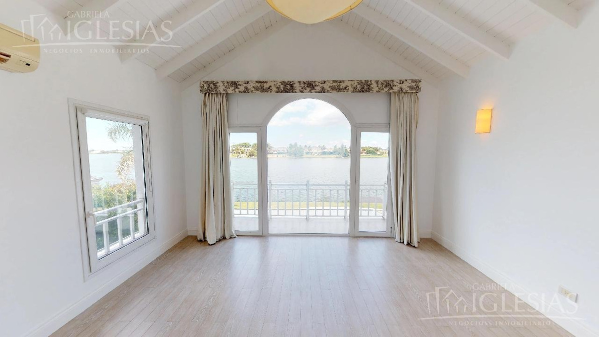 tour 360º - casa al lago central en venta en barrio los castores, nordelta.