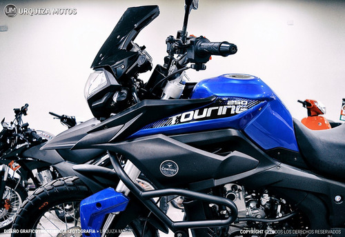 touring moto motos