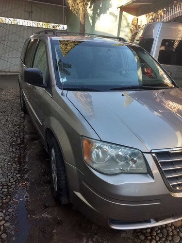 town country 2010 motor 3.3 ( 6 cilindros )