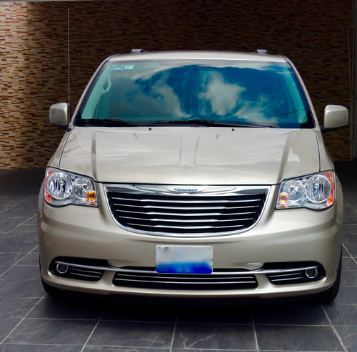 town & country 2016 touring piel stow´n go  gpsydvd $519900
