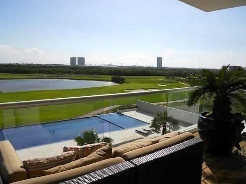 town house en venta amueblado 4 recs puerto cancun