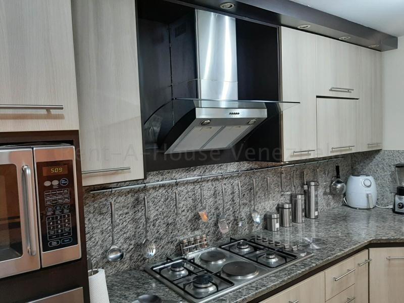 town house en venta la trigaleña valencia cod 20-9235 ar