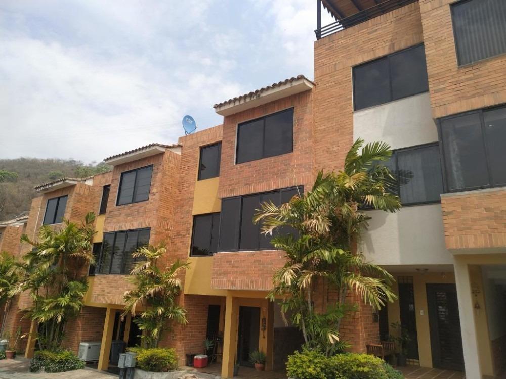 town house en venta lomas del este valencia cod 20-11722 ar