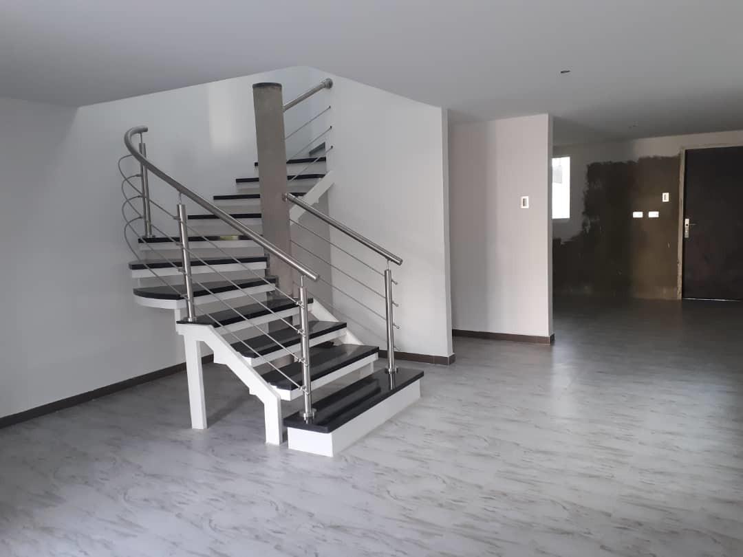 townhouse a estrenar en venta en san diego 04140434303.