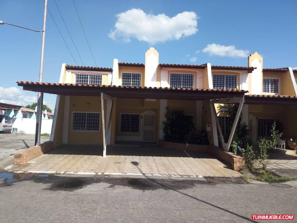 townhouse en terrazas del cachamay