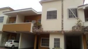 townhouse en venta el parral valencia carabobo 20-11529 rahv