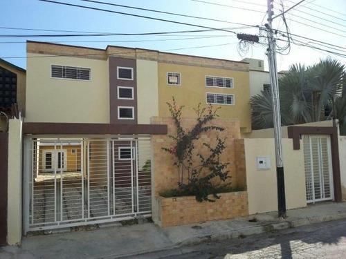 townhouse en venta en la morita maracay 17-1567