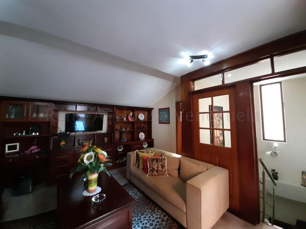 townhouse en venta en la trigaleña valencia cod 20-9235 akm