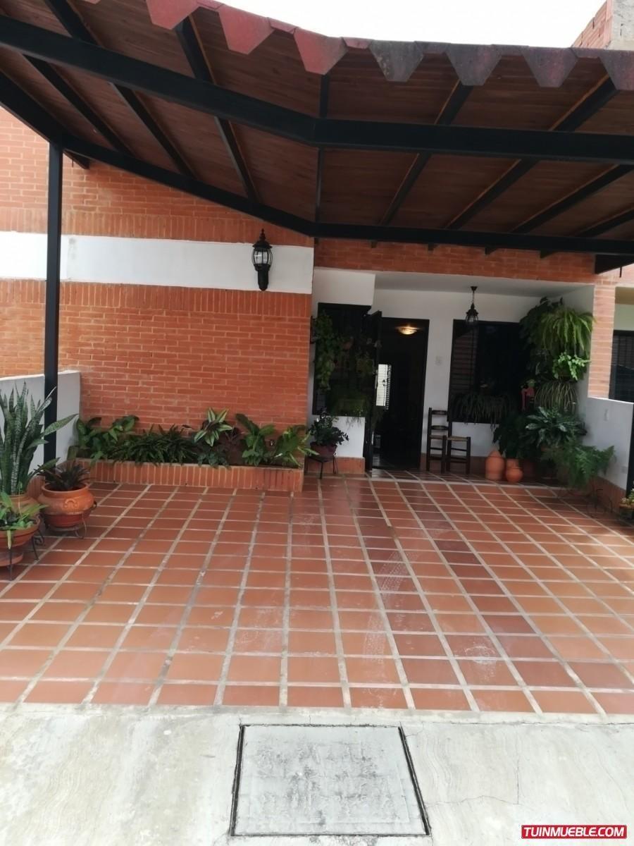 townhouse en venta  la cumaca, san diego iris hernandez