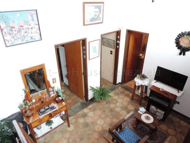 townhouse lomas de monteclaro 20-9401 m.de armas 04143283337