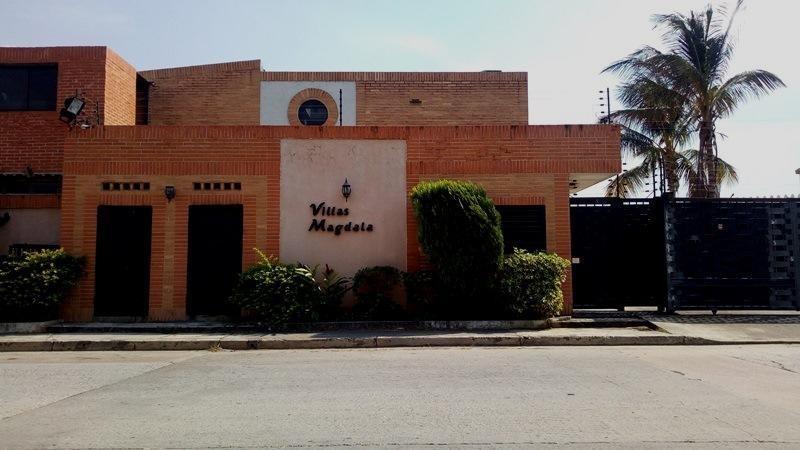 townhouse venta codflex 19-7842 marianela marquez