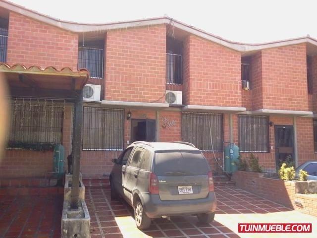 townhouses en venta kl mls #15-1991