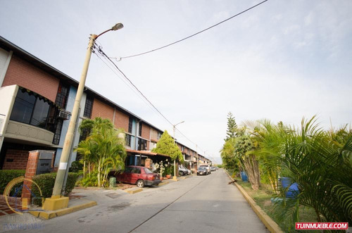 townhouses nueva casarapa