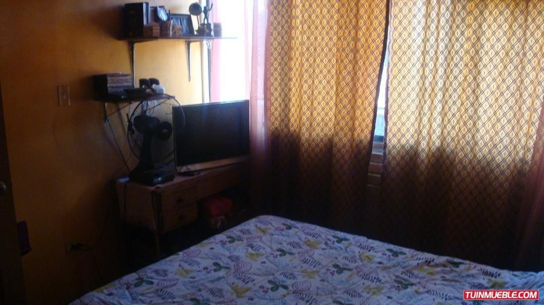 townhouses  venta castillejo mls-19-417