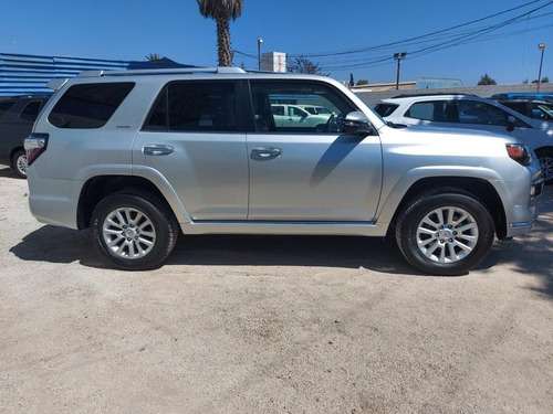 toyota 4 runner limited 4x2  2019