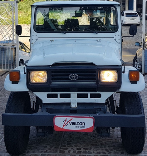 toyota bandeirante 1999 3.7 cab. simples longa 2p