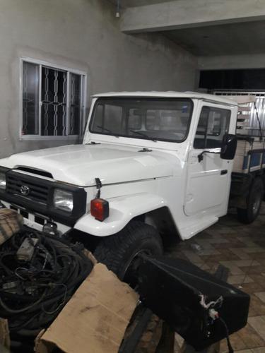 toyota bandeirante 3.7 cab. simples longa 2p 2000