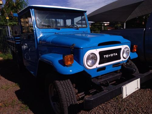 toyota bandeirante 82/82 pick-up 4x4