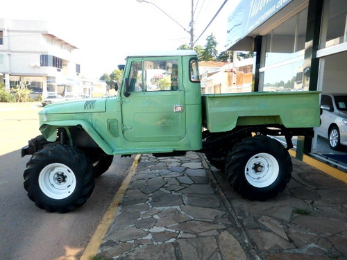 toyota bandeirante pick-up 1979