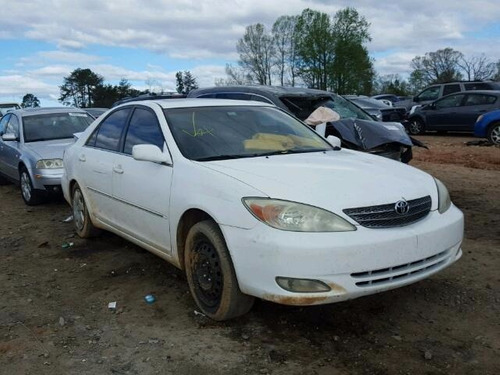 toyota camry 2002-2004:cofre