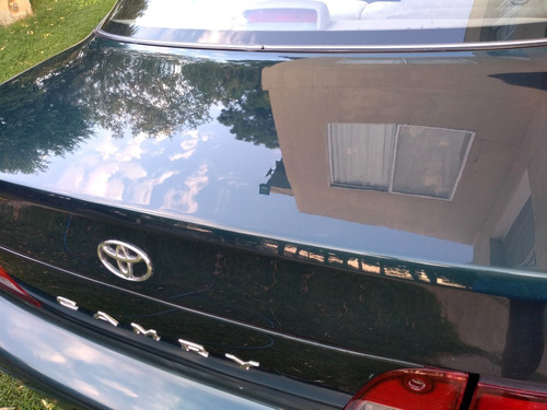 toyota camry 2.2 at.
