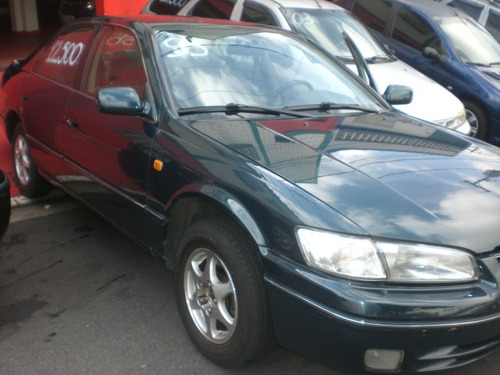 toyota camry 2.2 le 4p verde 1997/1998