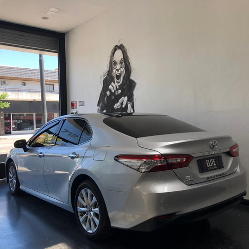 toyota camry 2.5 l4 at 2018