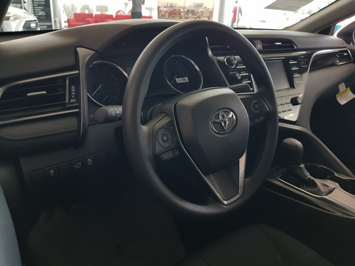 toyota camry 2.5 le at