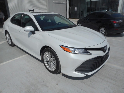 toyota camry 2.5 xle at 2018 demo